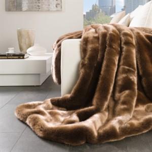 Kvalitní deka z kožichu