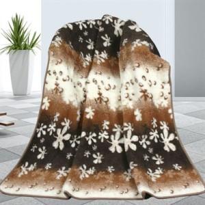 vlnena-deka-kvety-155-x-200-cm-detail